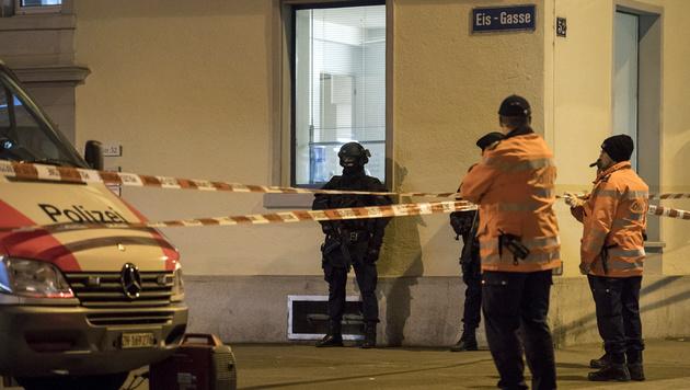 Zürich: Moschee-Schütze hat auch Freund erstochen (Bild: APA/KEYSTONE/ENNIO LEANZA)