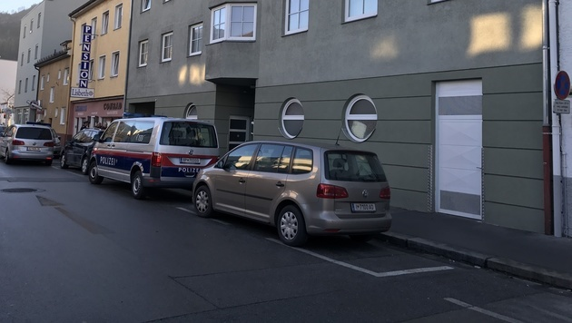 In der Tiefgarage dieses Hauses in Innsbruck kam es zur Entführung. (Bild: zeitungsfoto.at)