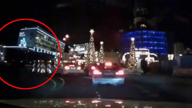 Moment des Attentats auf Weihnachtsmarkt gefilmt (Bild: YouTube.com)