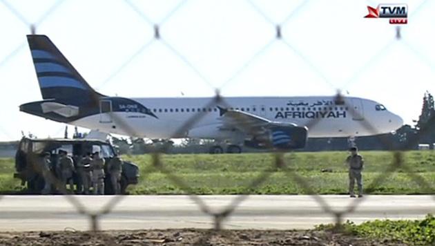 Malta: Flugzeugentführung unblutig beendet (Bild: AP)