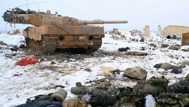 IS-Kämpfern ist es offenbar gelungen, zwei Leopard 2-Panzer der türkischen Armee zu erbeuten. (Bild: Twitter.com)