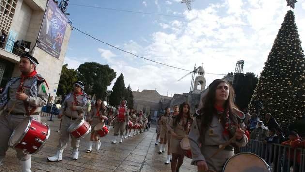 Tausende Christen feiern im Heiligen Land (Bild: APA/AFP/HAZEM BADER)