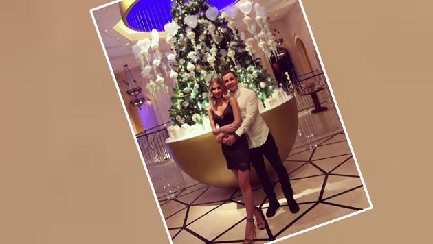 Fesch sind sie: Mario Götze und Freundin Ann-Kathrin Brömmel feiern Weihnachten. (Bild: Instagram)