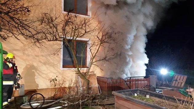 Mehrere Brände hielten Feuerwehren auf Trab (Bild: APA/HFW VILLACH/KK)