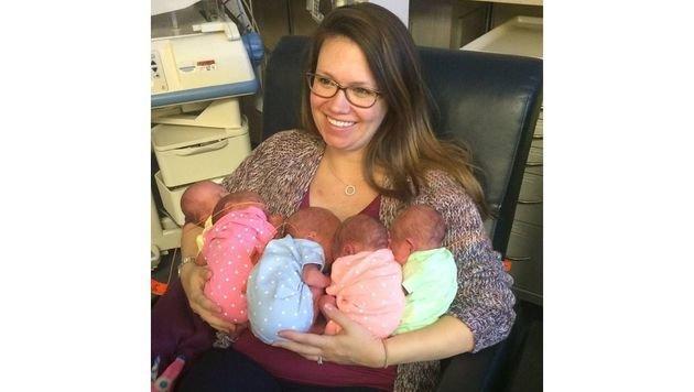 Margaret Baudinet mit ihren fünf Kindern (Bild: Facebook.com)