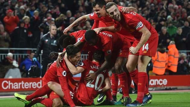 Liverpool mit 4:1 gegen Stoke erster Chelsea-Jäger (Bild: AFP)