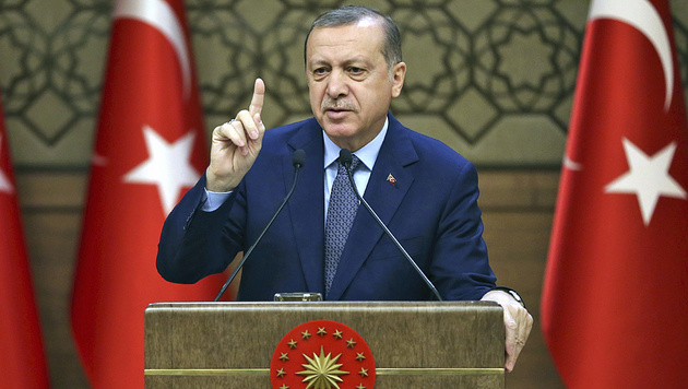 Türkei: Vorschlag für Präsidialsystem angenommen (Bild: AP)