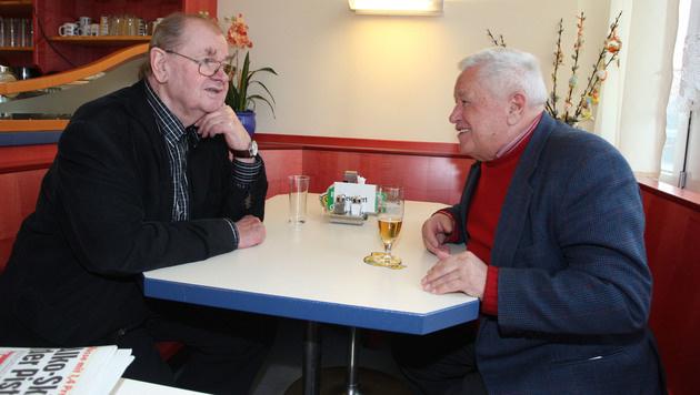 Robert Löffler (li.) mit Roman Schliesser (Bild: Kristian Bissuti)