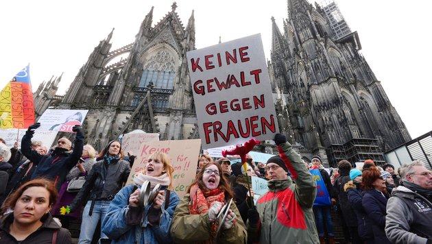 Wie Silvester in Köln die Stimmung drehte (Bild: AFP)