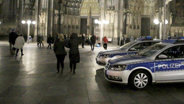 Wie Silvester in Köln die Stimmung drehte (Bild: EPA)