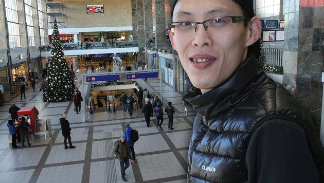 Angestellte wie Zhang Jian Dan klagen über die Zustände am Wiener Westbahnhof. (Bild: Peter Tomschi)