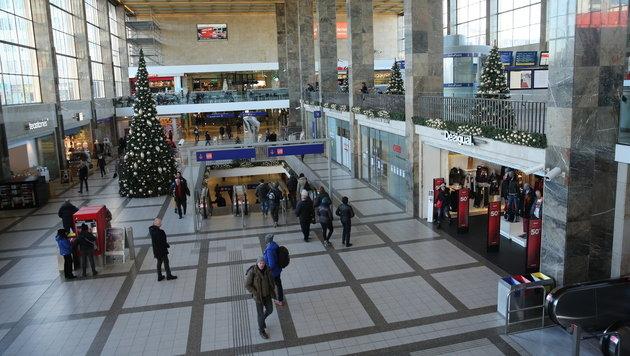 Die Haupthalle des Wiener Westbahnhofs (Bild: Peter Tomschi)