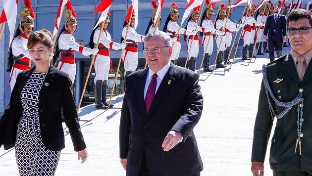 Kyriakos Amiridis (Mitte) bei einem offiziellen Besuch in der brasilianischen Hauptstadt Barsilia (Bild: AFP)