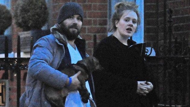 Adele mit ihrem Freund Simon Konecki (Bild: Viennareport)