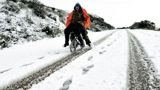 Sturm und Kälte: Winterchaos in Griechenland (Bild: AFP)