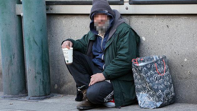 Ein rumänischer Bettler in Wien-Landstraße (Bild: Peter Tomschi)