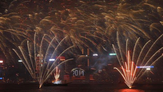 Feuerwerk in Hongkong (Bild: AP)