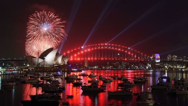 Feuerwerk über Sydney (Bild: APA/AFP/SAEED KHAN)