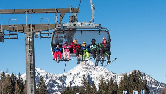 Skifans dürfen sich in Hinterstoder in den kommenden Tagen über eine Menge Neuschnee freuen. (Bild: Hinterstoder)