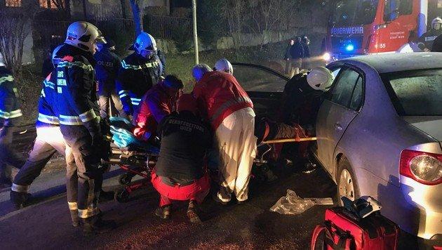 Die Insassen wurden bei dem Unfall schwer verletzt. (Bild: MA 68 Lichtbildstelle)
