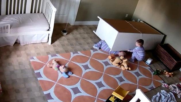 Bowdy tat alles, um seinen Zwillingsbruder Brock zu retten. (Bild: Screenshot YouTube.com)