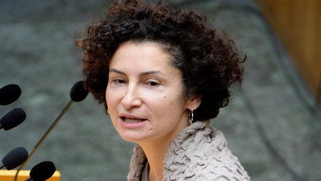 Grünen-Nationalratsabgeordnete Alev Korun (Bild: APA/ROLAND SCHLAGER)