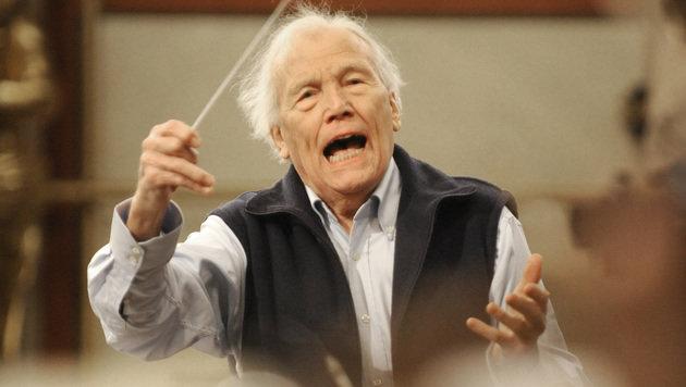 George Pretre bei einer Probe für das Neujahrskonzert 2010 (Bild: APA/Herbert P. Oczeret)