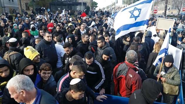 Demonstranten kämpfen um die Freilassung des israelischen Soldaten. (Bild: AFP)