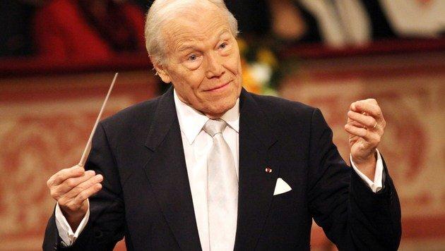 Maestro Georges Pretre während des Neujahrskonzertes 2010 (Bild: APA/AFP/Dieter Nagl)