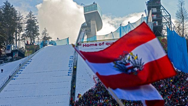 Farce: Warum gibt's in Innsbruck kein Flutlicht? (Bild: GEPA)