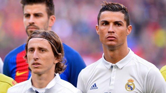 So sieht das UEFA-Team des Jahres aus (Bild: APA/AFP/JOSEP LAGO)