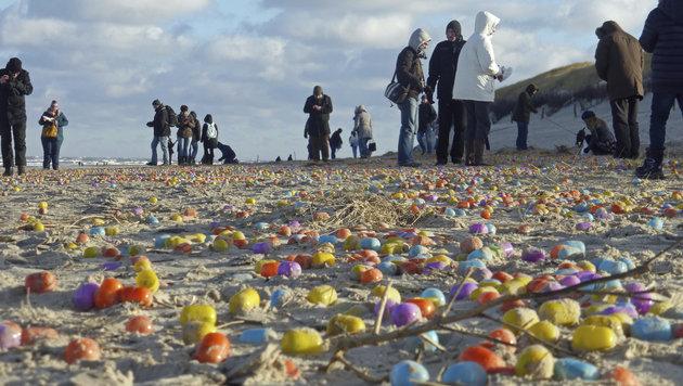 """""""Überraschungseier-Invasion"""" auf deutscher Insel (Bild: AP)"""