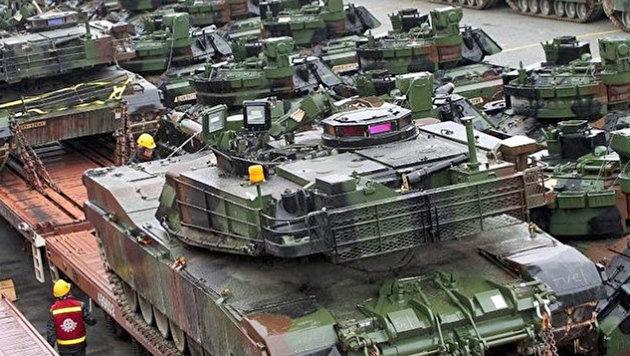 M1A2 Abrams Kampfpanzer: Die USA stationieren eine komplette Panzerbrigade in Osteuropa. (Bild: dpa)
