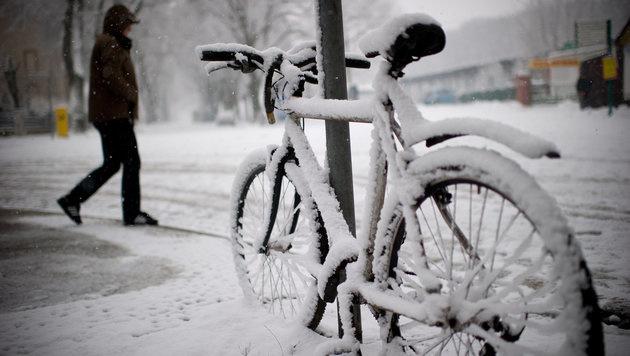 Neun wirkungsvolle Tipps gegen die klirrende Kälte (Bild: dpa/Tim Brakemeier)