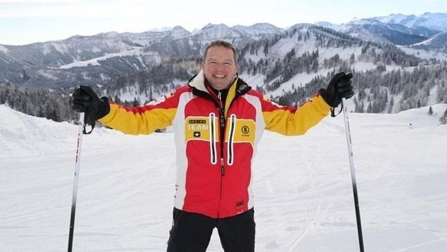 Ein strahlender Minderheitseigentümer Albert Ebner bei seinem ersten Skitag in Gaißau-Hintersee (Bild: Franz Neumayr)