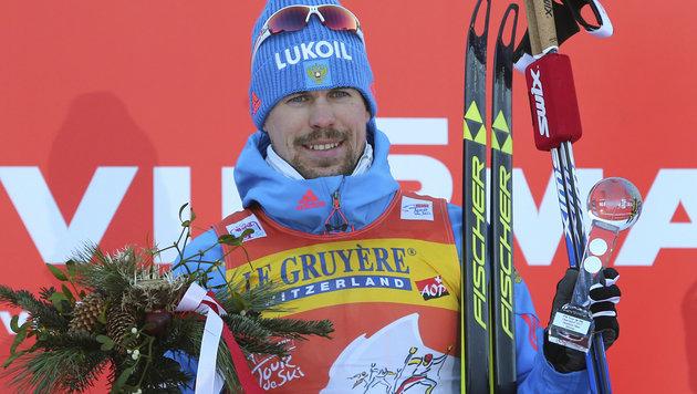 Ustjugow triumphiert bei der Tour de Ski 2017 (Bild: AP)