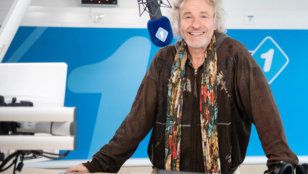 Thomas Gottschalk wieder auf Sendung (Bild: APA/dpa/Matthias Balk)