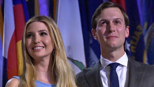 Ivanka Trump mit ihrem Ehemann Jared Kushner (Bild: APA/AFP/MANDEL NGAN)
