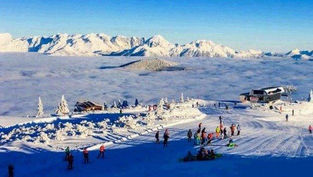 Pulverschnee, Sonne, Nebelmeer: Die Skifahrer erlebten am Dienstag einen Traumtag in Flachau. (Bild: Gerhard Schiel)