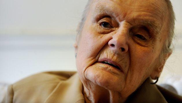 Britische Kriegsreporterin Hollingworth gestorben (Bild: APA/AFP/MIKE CLARKE)