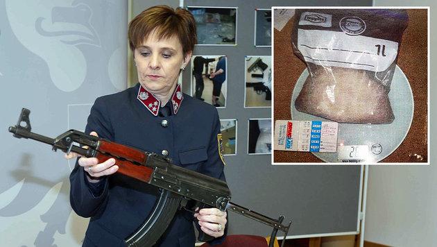 Neben Drogen wurden auch Waffen sichergestellt. (Bild: Reinhard Judt)