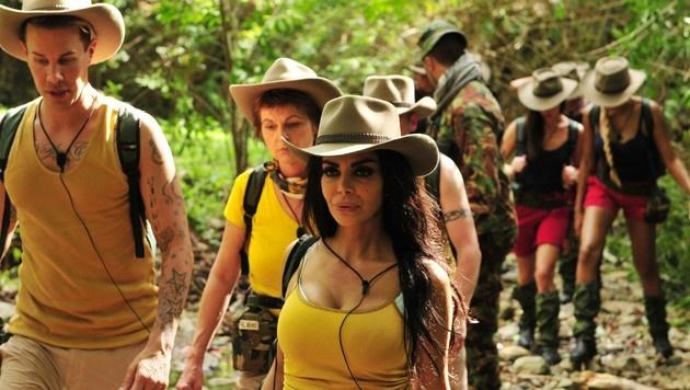 Die Dschungelcamper beim Einzug ins Camp (Bild: RTL)