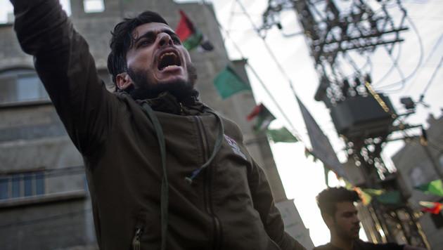 Agenturjounalisten von Hamas angegriffen (Bild: AP)