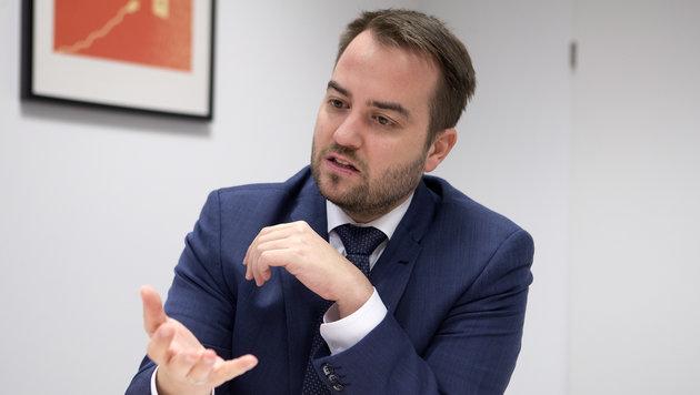 Michael Baminger ist Geschäftsführer der Enamo, dem Strom-Vertrieb von Energie AG und Linz AG. (Bild: FOTO LUI)