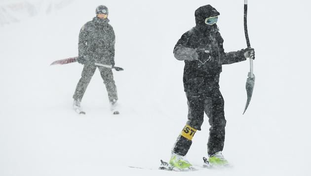Starker Schneefall! Zauchensee-Abfahrt wackelt (Bild: APA/ROBERT JAEGER)