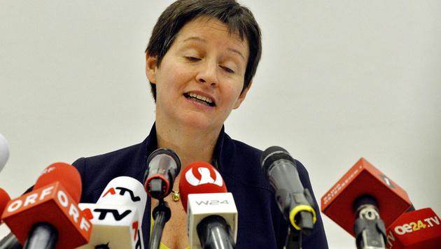 Wehsely am Freitag bei der Verkündung ihres Rücktritts (Bild: APA/HERBERT PFARRHOFER)