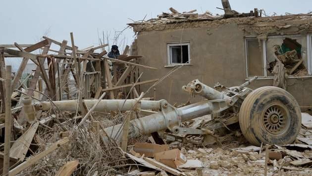 Jumbo-Jet stürzt auf Dorf in Kirgisistan - 37 Tote (Bild: AFP or licensors)