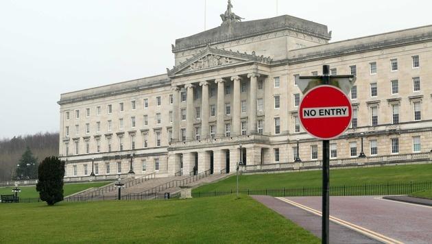 Das Parlament in Belfast (Bild: APA/AFP/PAUL FAITH)