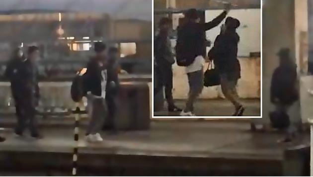 Im Video ist zu sehen, wie der junge Mann plötzlich seine Hand gegen die Passantin erhebt. (Bild: YouTube.com/Esterreicherr)