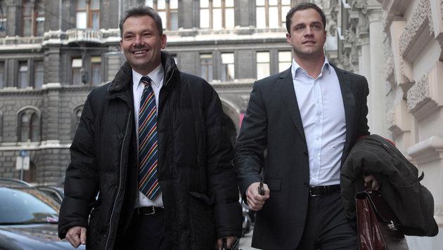 Eduard Schock und Johann Gudenus wollen in die Stadtregierung. (Bild: APA/GEORG HOCHMUTH)